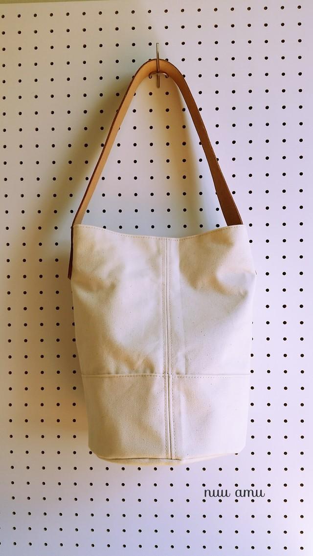 帆布 ワンハンドルバッグ white