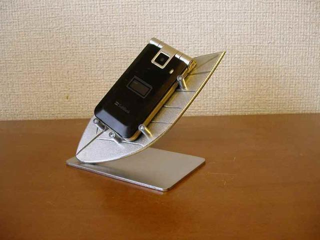 葉っぱ携帯電話スタンド