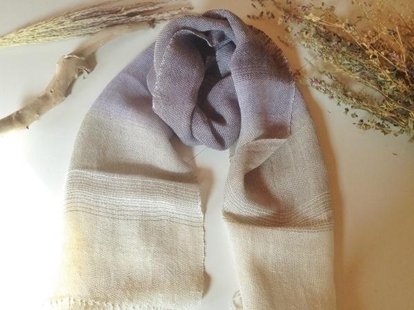 手織り リトアニアリネン糸の バイオレットグラデーションストール