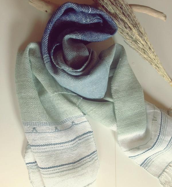 手織り リトアニアリネン糸 クマ笹和紙糸のストール ブルー
