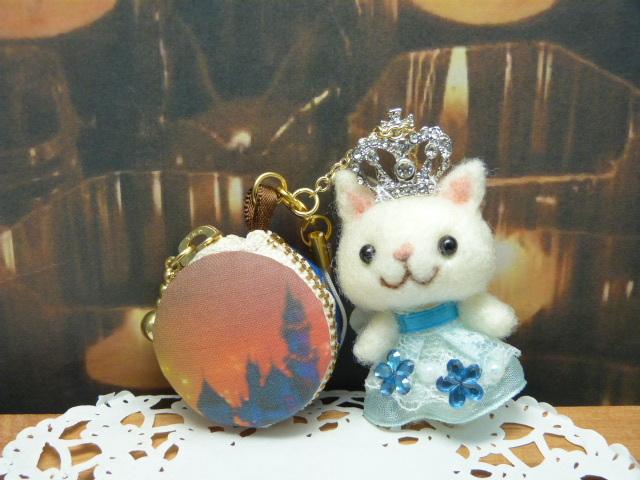 キラキラお姫様のマカロンコインケース