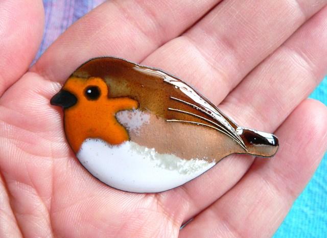 七宝焼の小鳥・こまどり
