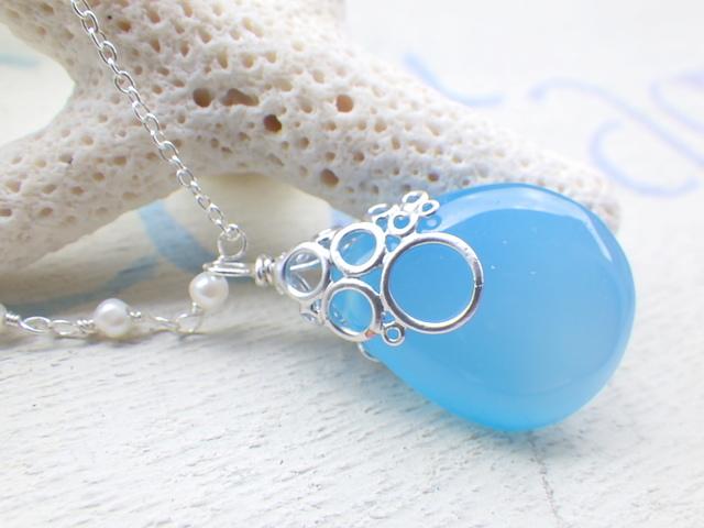 海の泡カルセドニードロップのネックレス/海の泡パール sv925