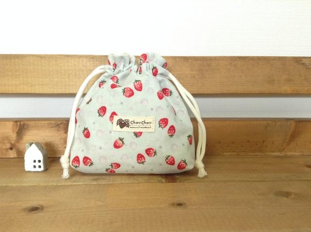 可愛いイチゴ柄 ミニ巾着袋*コスメケースなどに♪