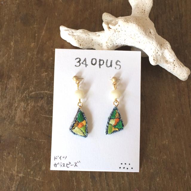 34opus刺繍のピアス