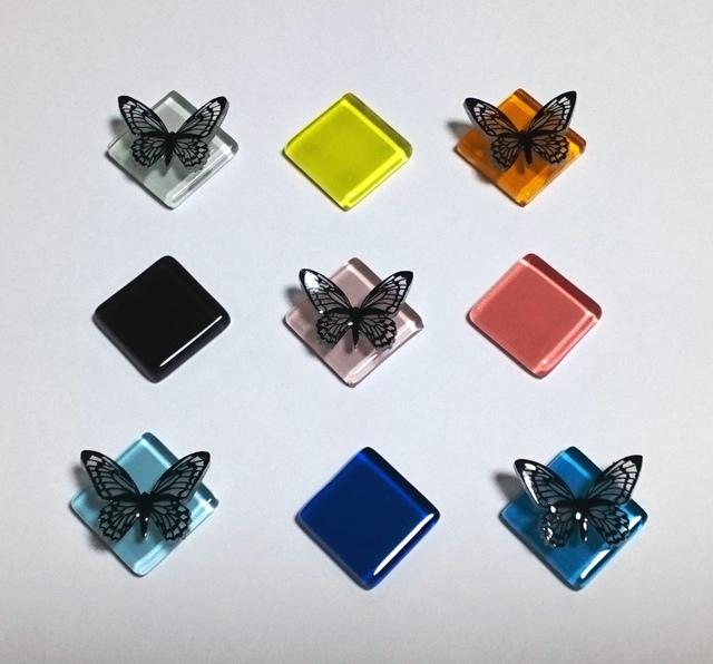 【選べる9色】蝶×ガラスタイル ブローチ