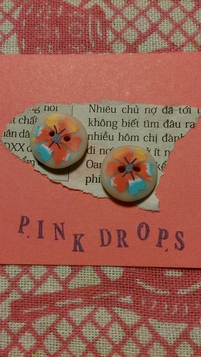 ミルキーなお花のボタン 小