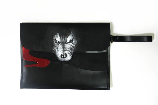 wolf clutch bag