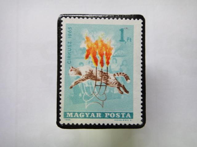 ハンガリー 切手ブローチ1348