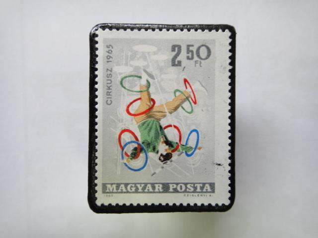 ハンガリー 切手ブローチ1351