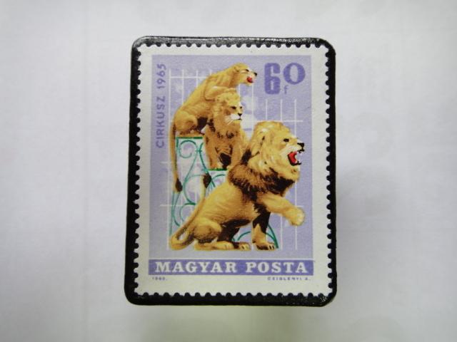 ハンガリー 切手ブローチ1357