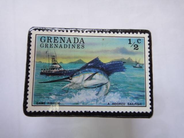 グラナダ 切手ブローチ1345