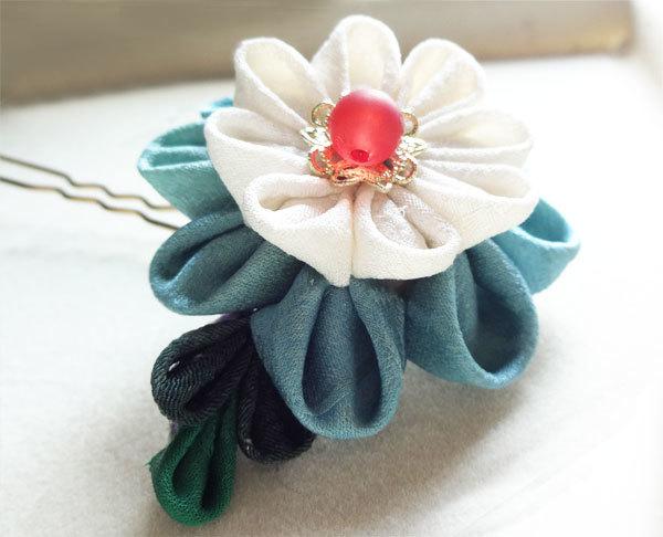 青いお花のかんざし
