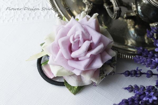 ラベンダーピンクの薔薇のヘアゴム