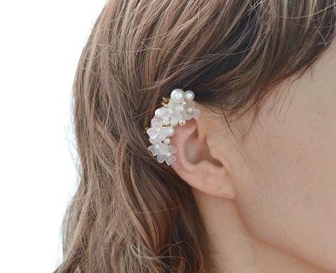 花とパールのイヤーカフセット
