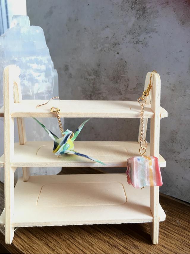 すべての折り紙 折り紙 ハート 鶴 : 折り紙のピアス☆紙風船(ペア ...
