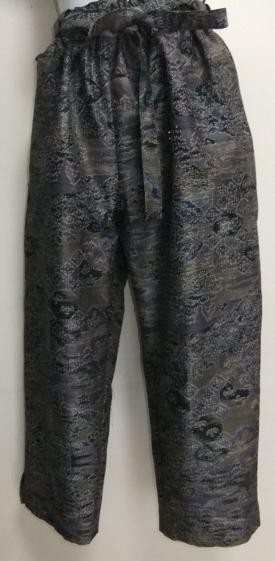 着物リメイク 着物で作ったサブリナパンツ 1699