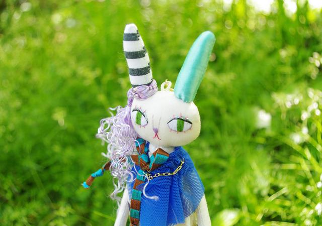 ウサギの人形 バッグチャーム