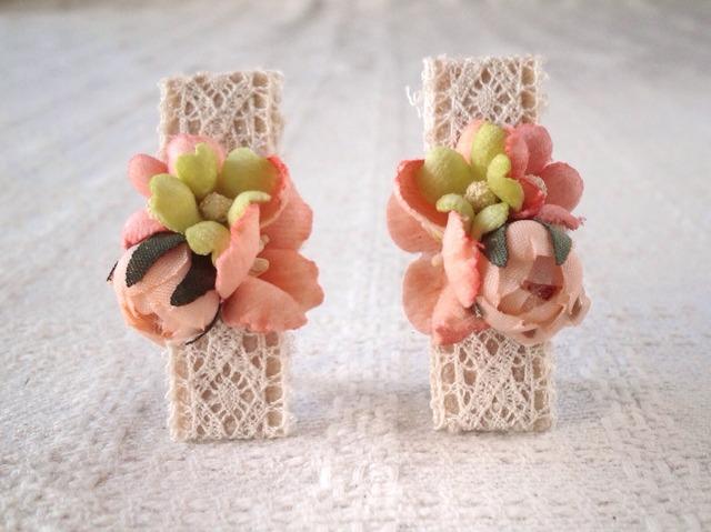 染め花のミニクリップ2個組(サーモンピンク)