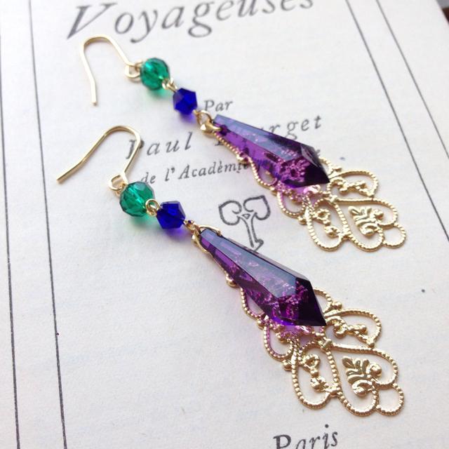 紫シャンデリア ピアス