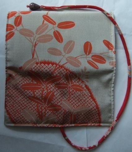 着物リメイク 長襦袢で作った和風財布 1706