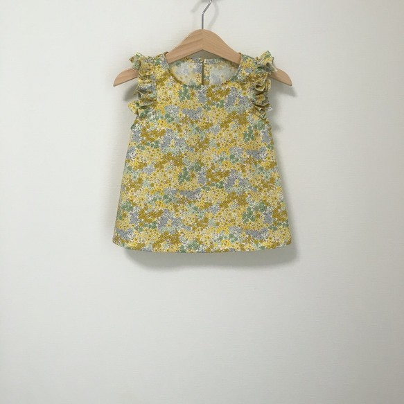 変形フリル袖トップス小花柄イエロー サイズ90