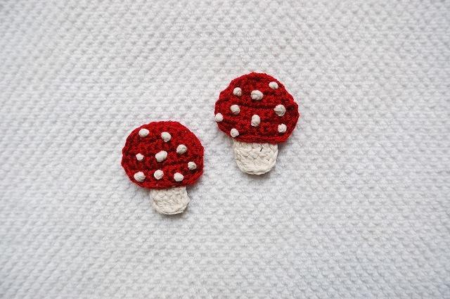Mushroom brooch  森のきのこブローチ