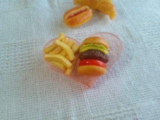 ハンバーガー&ポテトブローチ