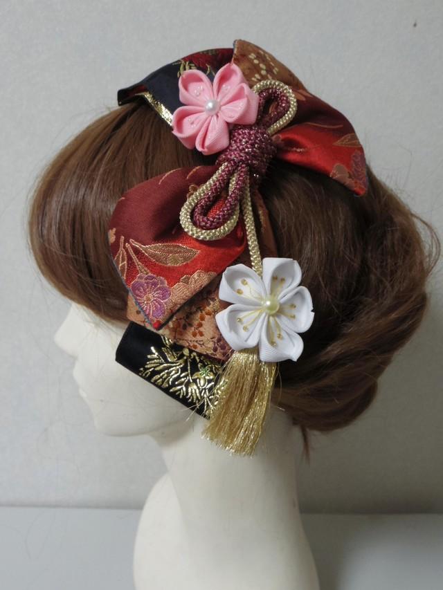 つまみ細工のお花と和風リボンの髪飾り