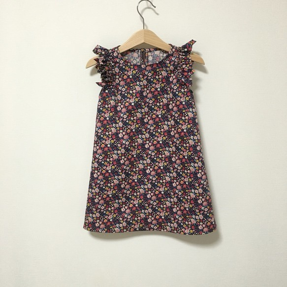 変形フリル袖OP小花柄ネイビー サイズ90