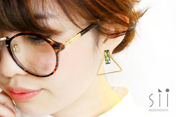 <イヤリング>bijou earring/triangle