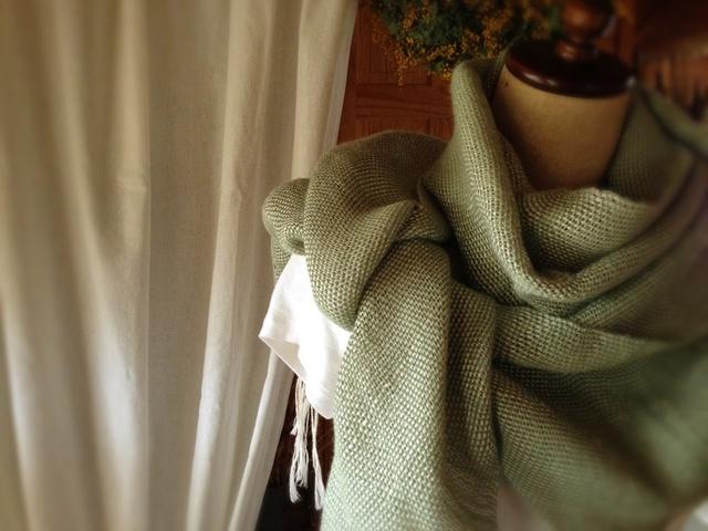 手織り 麻ラミーストール グリーン
