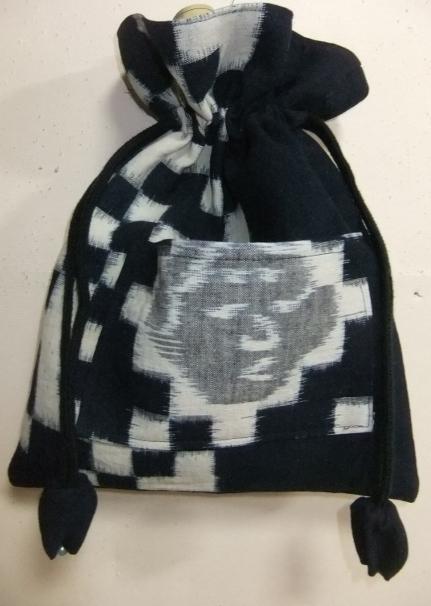 着物リメイク 久留米の絵絣で作った巾着袋 1711