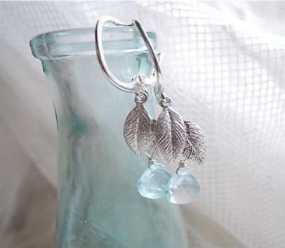 Water Drop On Leaf   <Silver925>