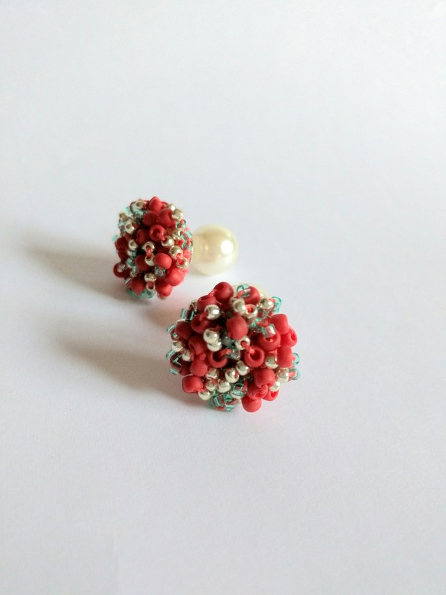 色の密着 pierce #2
