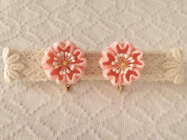 〈つまみ細工〉桜のイヤリング(サーモンピンク)