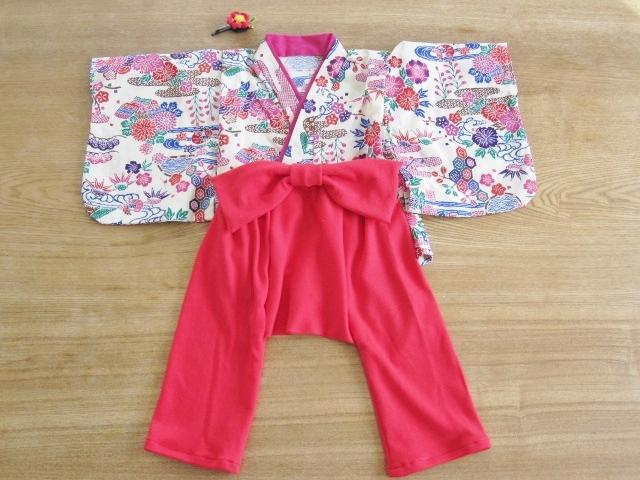 【値下げ】初節句、お誕生日、お正月、ひなまつりに 紅型模様着物&袴もどき 80cm 髪飾り付