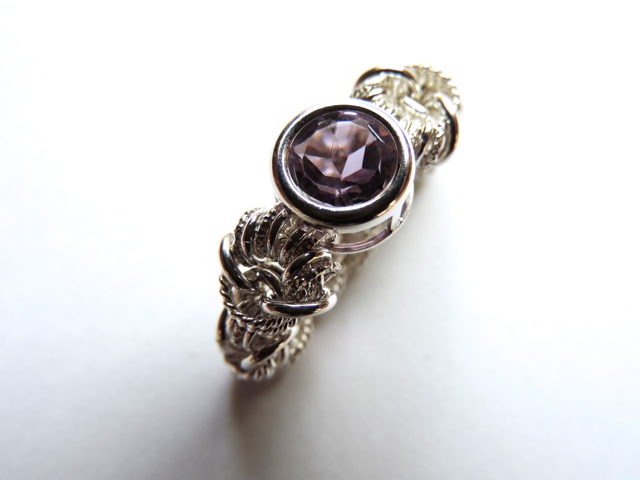 『 Oneness ( heart ) 』Ring by SV925