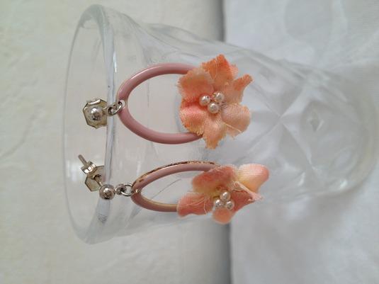 フープお花のピアス