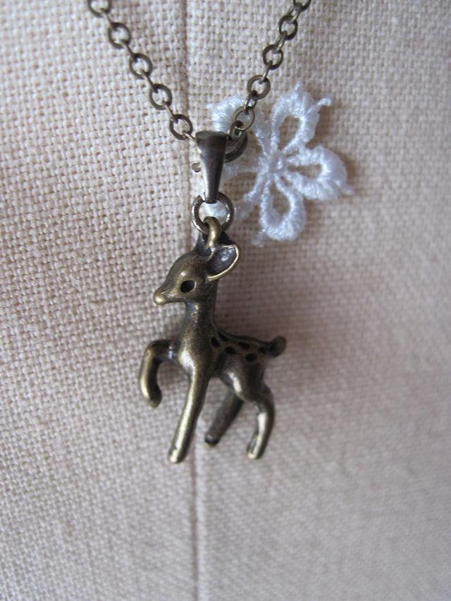 バンビのネックレス 金古美