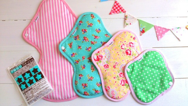 KAORUの布ナプキン全サイズが入った『ピンク&グリーンset』