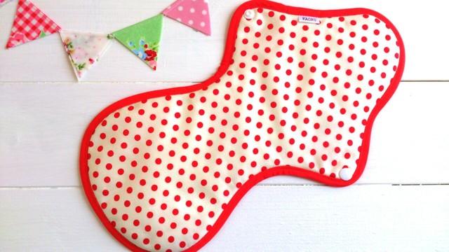 可愛い布ナプキン『赤ドット』夜用LLサイズ