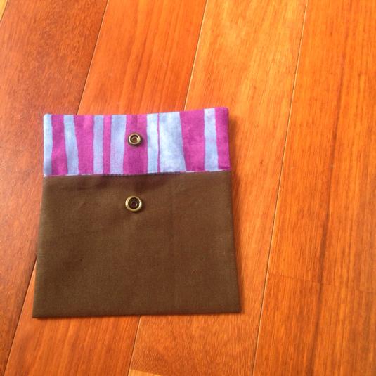 シンプル  なんでもポーチ  紫