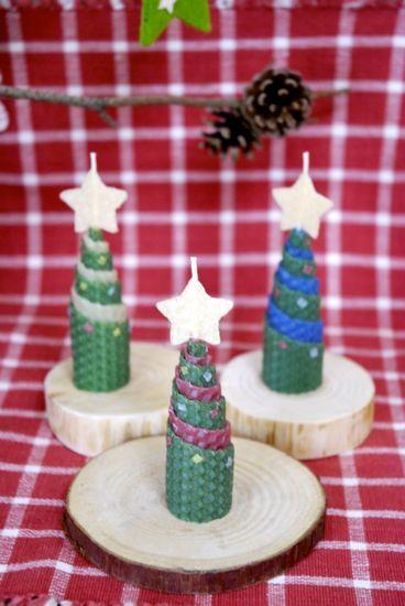 くるくるクリスマスツリーキャンドル:ミツロウキャンドルakarizm
