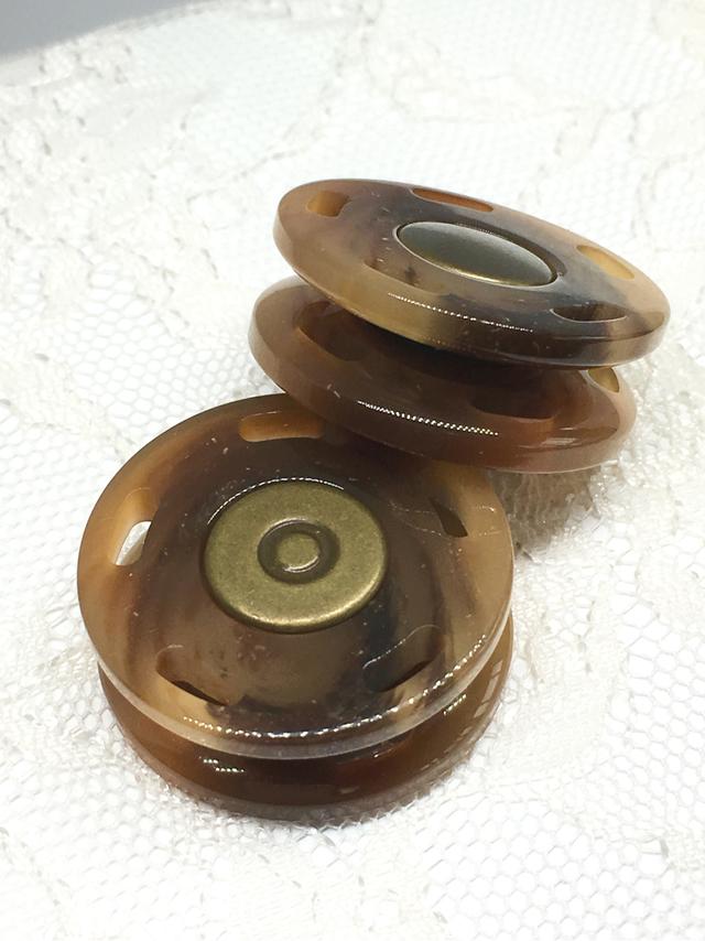 スナップボタン:平丸型(L)/べっ甲/2セット入<88>