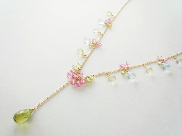 【14kgf】花色の雫Y字ネックレス