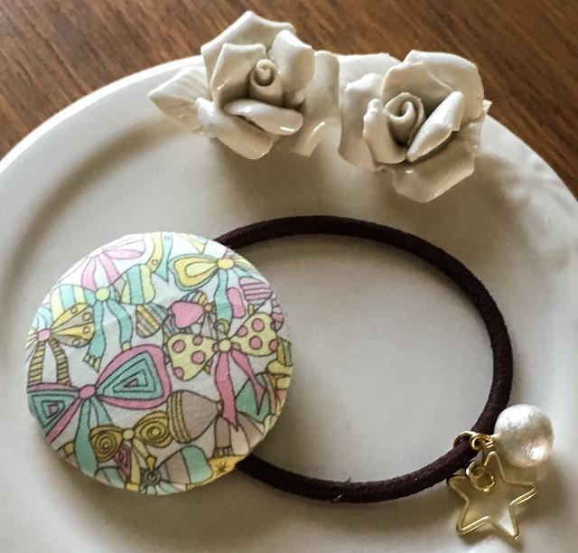 リバティ☆ Jenny's Ribbons くるみボタンヘアゴム バニラ