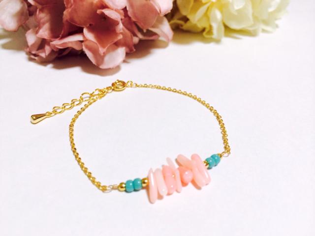ピンク珊瑚のブレスレット