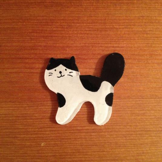 誰かのおうちの猫ブローチ