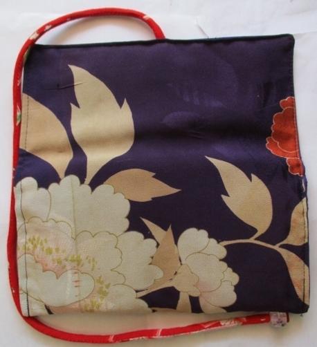 着物リメイク 花柄の着物で作った和風財布 1727